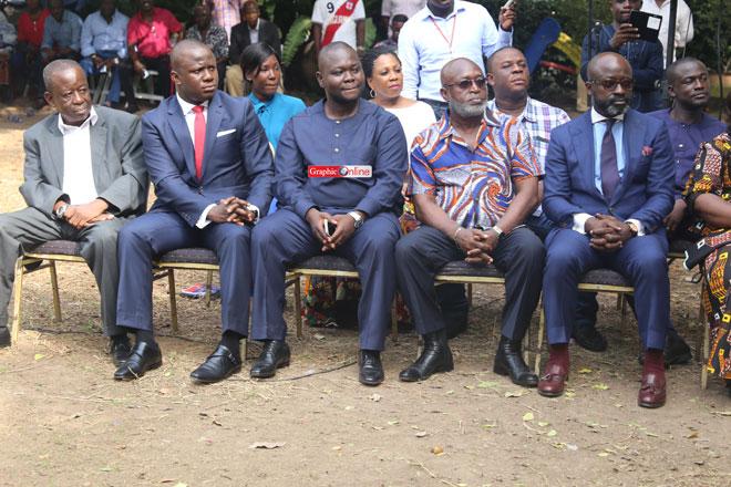 Akufo-Addo outdoors key Presidential staffers